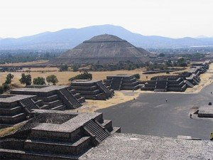 teotihuacan-lune-300x225 dans ETRANGE